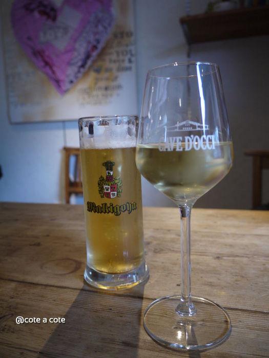 ビールとワインで休憩.jpg